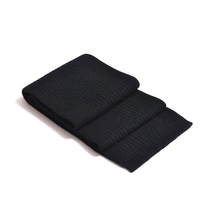 100% cashmere ribbed scarf in black