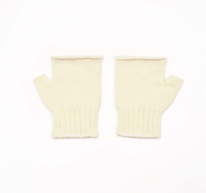 100% cashmere fingerless mittens in cream