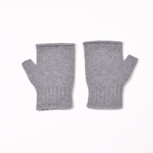 100% cashmere fingerless mittens in light grey