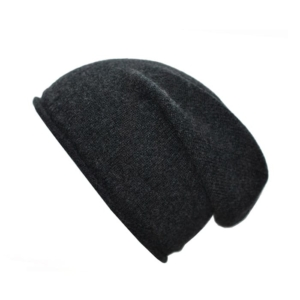 100% cashmere rolled edge slouch beanie in charcoal