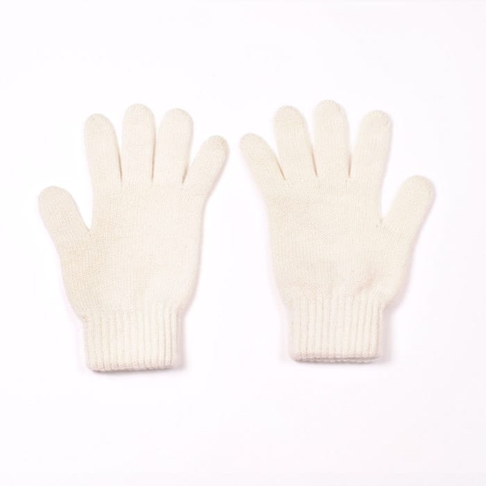 100% cashmere full finger gloves in cream