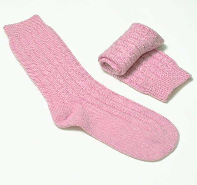 pink and ginger 100% cashmere pink bed socks